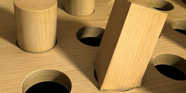 161025-square-peg-round-hole_600x300
